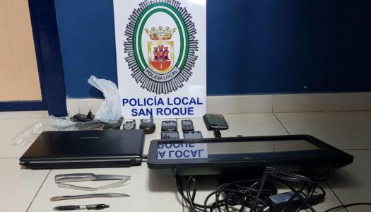 La Policía Local impide un robo en un edificio de Guadiaro
