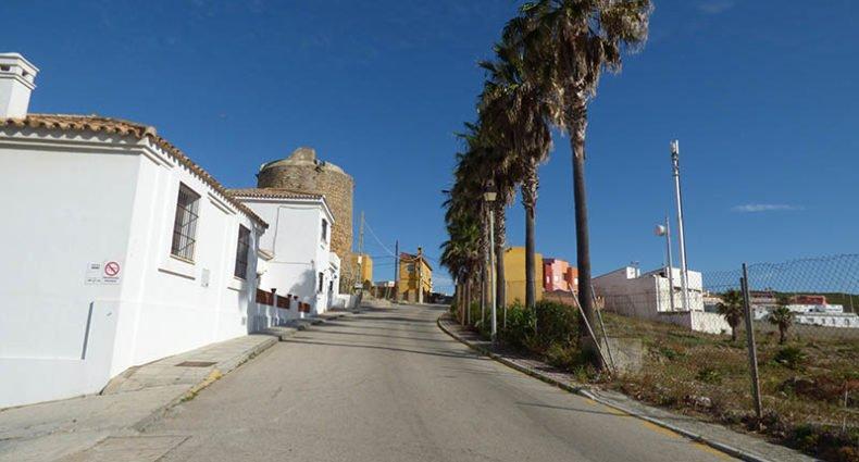 Calle de la Iglesia, en Torreguadiaro