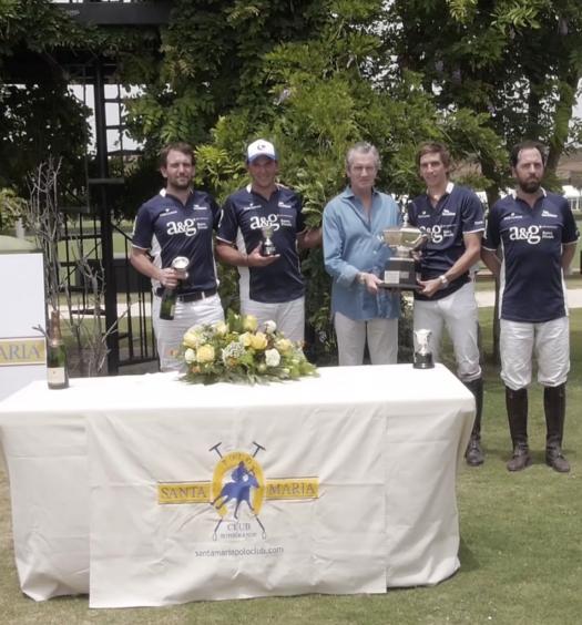 Dos Lunas recoge la Copa Patrick G. Hermès