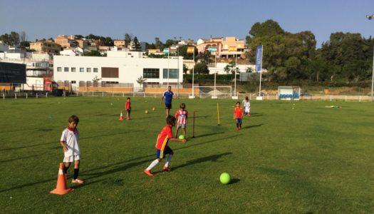 El Betis ofrece entrenamiento profesional a los más pequeños de Sotogrande