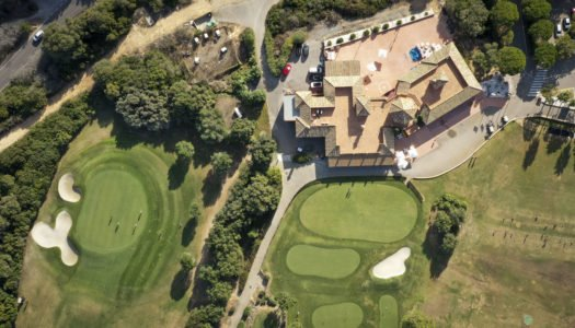 Consistorio y La Cañada buscan medidas para evitar despidos en club de golf