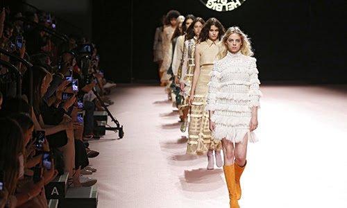 Comienzan los desfiles de la gran cita de la moda española: la MBFWMadrid