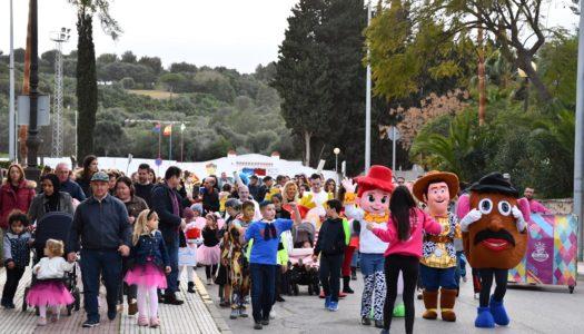 El fin de semana de carnaval llena de color el Valle del Guadiaro