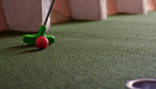 Practica golf en casa, con Patricia Lobato