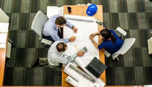 San Roque estudia medidas  para ayudar a autónomos y empresas