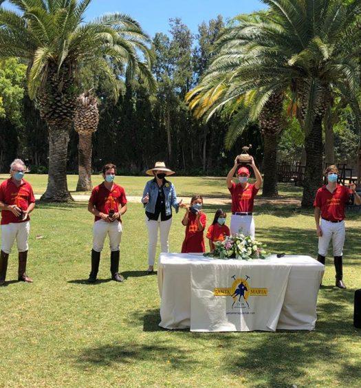 Memorial Conde de la Maza