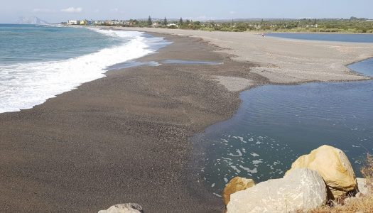 La desembocadura del río Guadiaro, taponada de nuevo