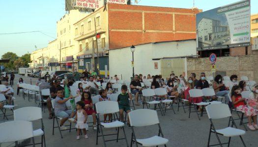 Pueblo Nuevo disfruta de una sesión de cine de verano