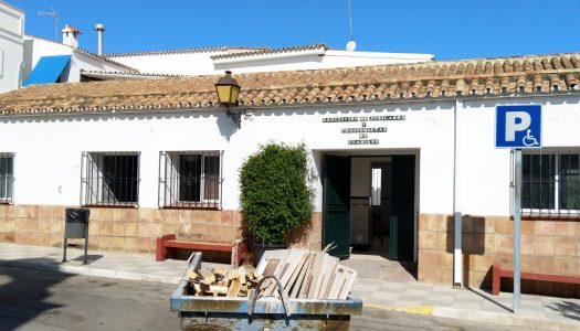 Recriminan el prolongado cierre del Hogar del Pensionista en Guadiaro