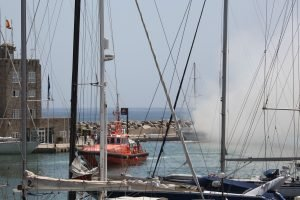 Fuego en el Puerto de Sotogrande